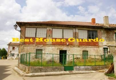 Casa en Mantinos