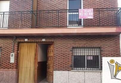 Casa en calle Ramon y Cajal, nº 24