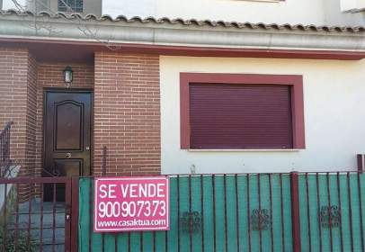 Dúplex a calle Jose Mellado