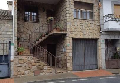 Casa en Avenida Montes De Toledo