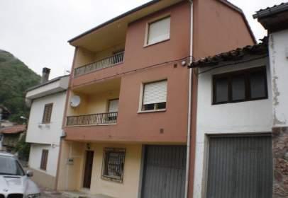 Casa en calle Lugar El Barrio