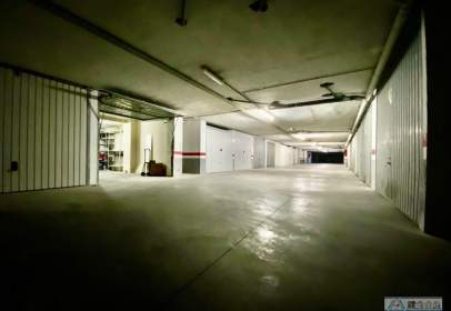 Garage in Carrer Echegaray, 38
