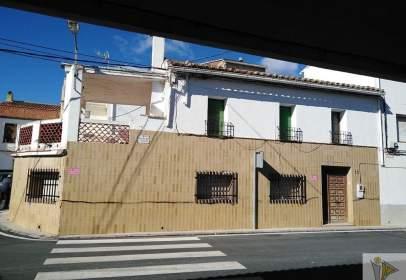 Chalet en calle de La Fuente y calle Zaragoza