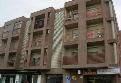 Pisos y apartamentos con 3 o más habitaciones en Cuarte De Huerva ...