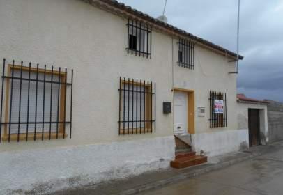 Casa adosada en Villeguillo