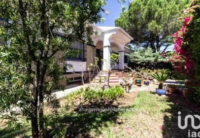 Casa en calle Pinares de Lepe