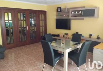 Apartment in Carrer de Ribelles Comins, nº 82