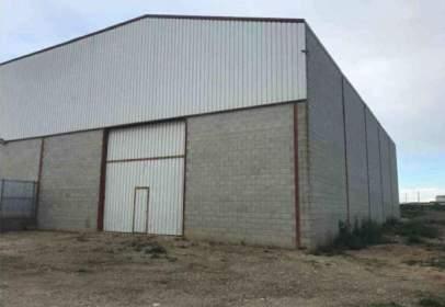 Industrial Warehouse in calle Cm de Benavent