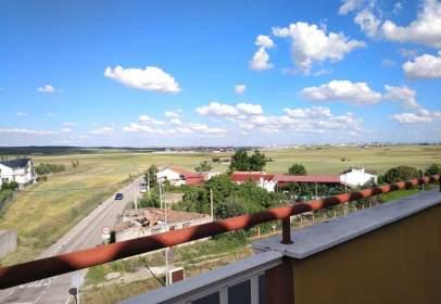 Flat in calle Carretera Zamora, nº 105