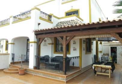 Casa aparellada a Los Montesinos