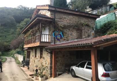 Casa a Riosa
