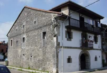 House in calle de la Aparecida, nº 1