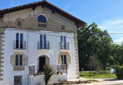 Casa en calle de Domingo de Sautu, cerca de Calle M-2