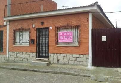 Casa en calle Barrio Nuevo, nº 37
