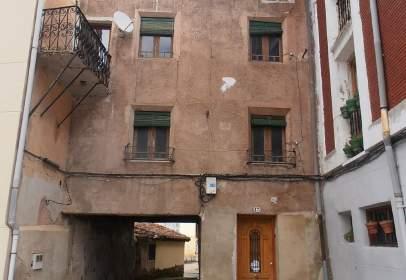 Casa en calle Adolfo Espinosa, nº 13