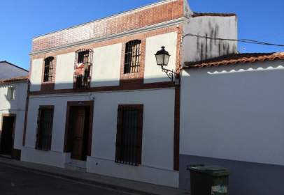 House in calle Sevilla, 16