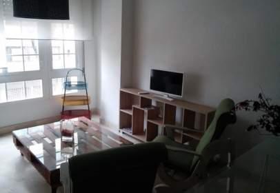 Apartment in calle Ronda del Pilar