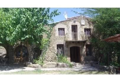 Edificio en Cistella