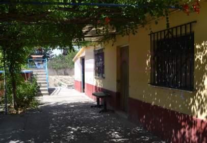 Chalet en Alfajarín