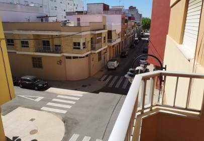 Pis a calle Salvador Perles, nº 56