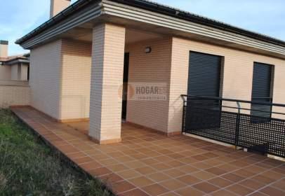 Casa pareada en Golmayo