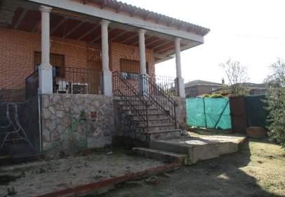 Chalet in Hormigos