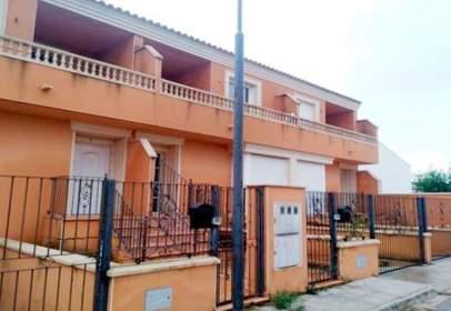 Chalet en calle El Santo, Madrigueras, nº 13