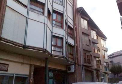 Local comercial a Carrer del Mossèn Josep Valls