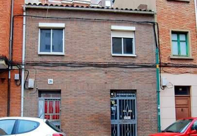 Casa a calle de Federico Mayo