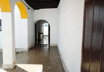 Piso en calle de Carmona, cerca de Calle Larga