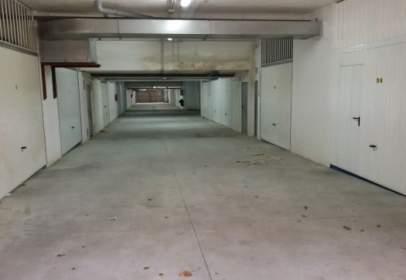 Garatge a Avenida de Campos y Salave