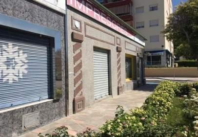 Local comercial en Plaza Islas Baleares