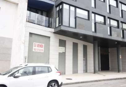Flat in Avenida Emilia Pardo Bazan, nº 19