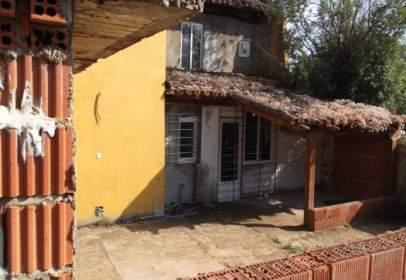 Casa a Avenida de la Ruta Jacobea, 38, prop de Calle de la Vega