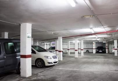 Garatge a Carrer de l'Almirante Roger de Lauria, 2, prop de Avinguda del Mar Mediterrania