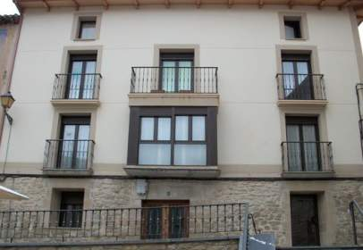 Commercial space in Plaza San Vicente -