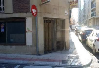 Local comercial en Avenida Conde de Cabarrus