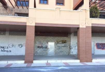 Local comercial a calle Mejorana