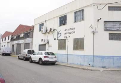 Nave industrial en calle Maestro Serrano