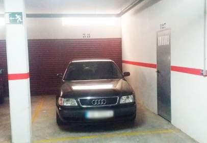Garatge a calle Salvador Dali