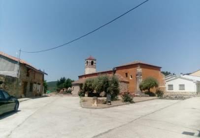 Rural Property in calle Tamajón