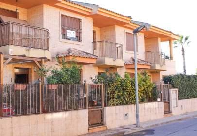 Dúplex en calle Zona La Basca