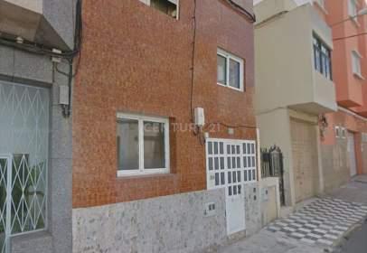 Piso en calle Doña Perfecta, nº 139