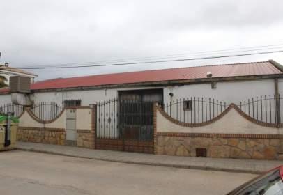 Nau industrial a calle La Viña, nº 22