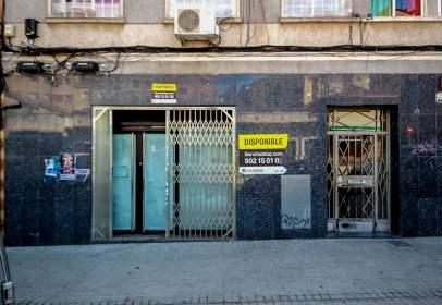 Local comercial en calle de Las Amapolas, nº 13-15