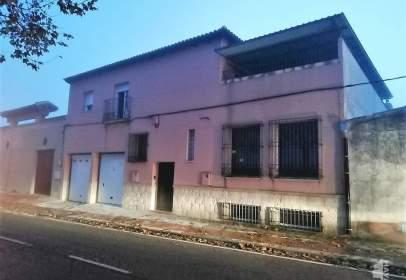 Casa pareada en Carretera Villarrubia, nº 1