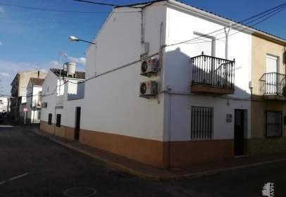 Casa adossada a Linares