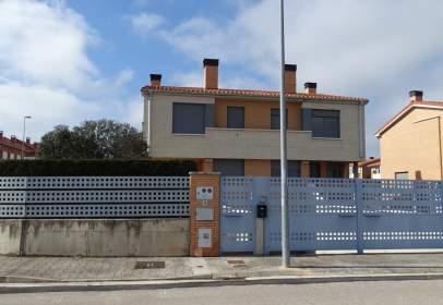 Chalet in Cirueña