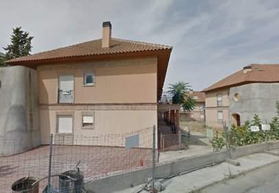 Piso en calle Roble. Urbanizacion Sierra de Burguillos