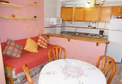 Apartamento en calle de la Loma